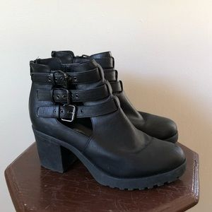 Forever 21 Size 10 Faux Leather Boots